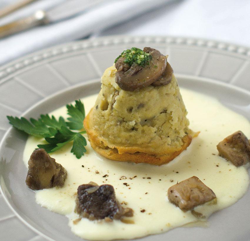 tortino-di-patate-e-funghi-con-fonduta-di-sanste-grande