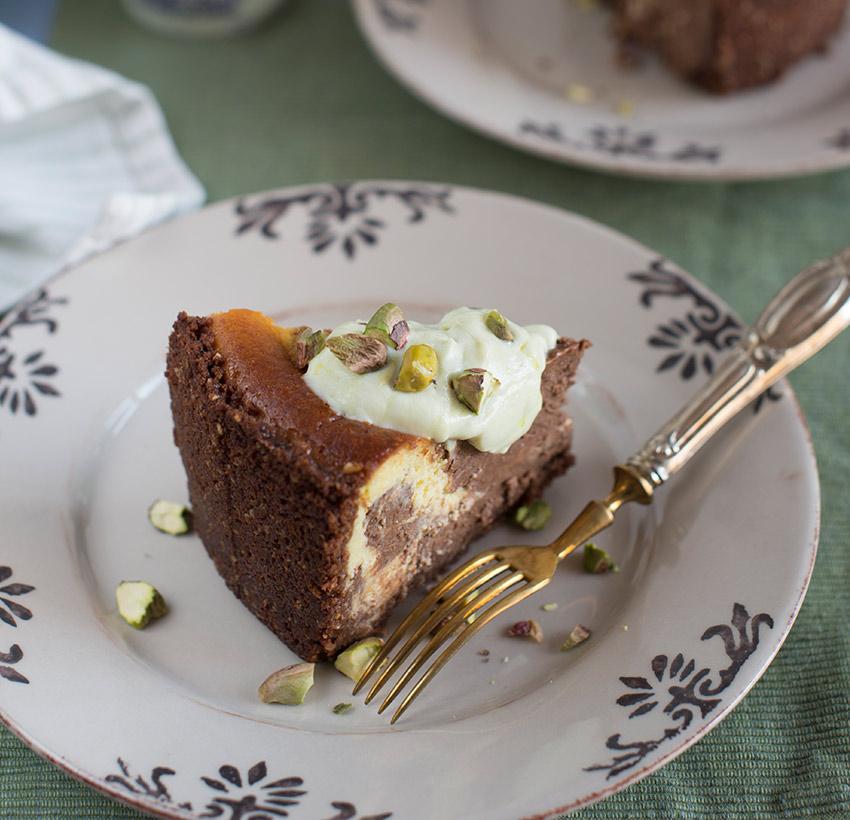 Cheese-cake-con-Yogurt-al-Pistacchio-e-cioccolato-dx