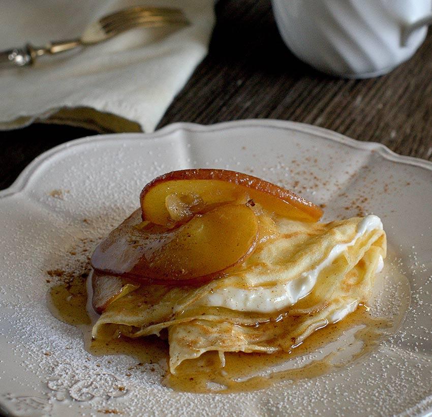Crepes con ricotta e mele caramellate Val d'Aveto
