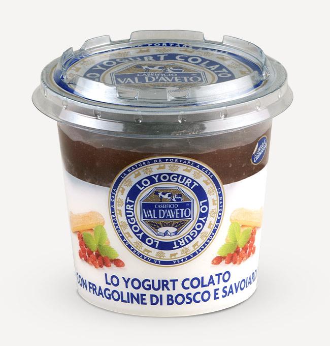 Yogurt colato con fragoline di bosco e savoiardi caseificio val d'aveto